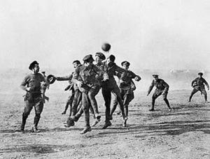Un'immagine che vale più di mille parole: ecco la foto che ritrae una battaglia tra inglesi e tedeschi, nella