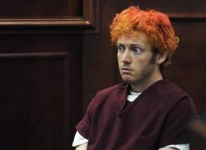 Ecco James Holmes, autore della strage di Denver, durante il suo processo. Sono stati formalizzati contro di lui ben 24 capi d'accusa.